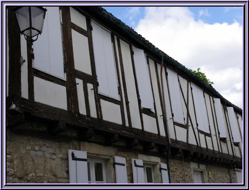 les vieilles maisons et les ruelles de St Jean d'Angely     2/2