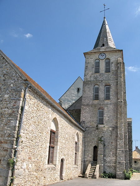 File:Val Saint-Germain église 1097.jpg