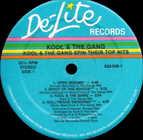 "Kool & The Gang : Album "" Spin Their Top Hits "" De-Lite Records 822-536-1 [ US ]"
