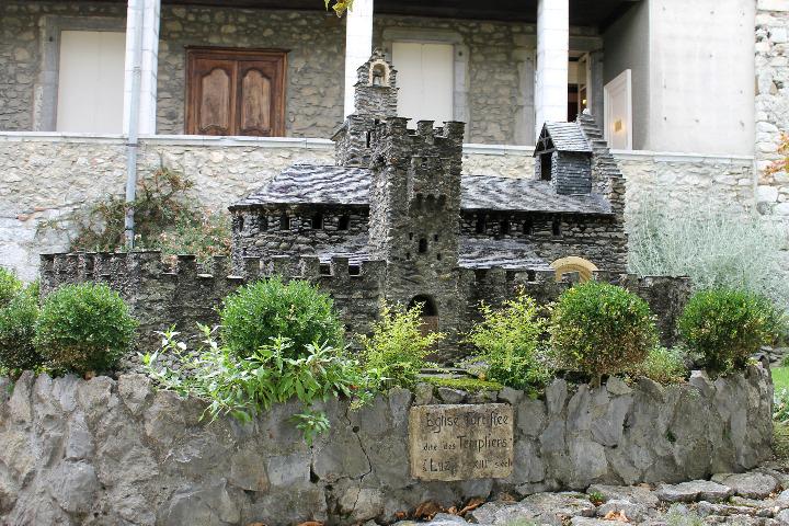 L'esplanade des chevaliers (1)