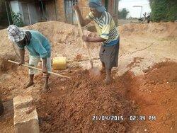 Fabrication de brique en terre crue