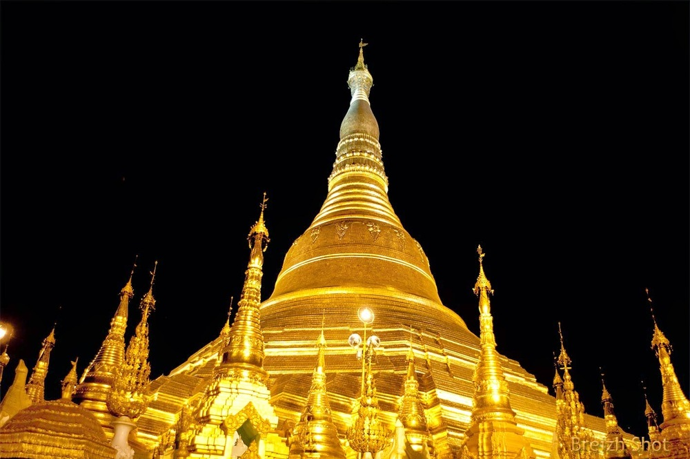 Shwedagon- Stupa central - Photo nocturne
