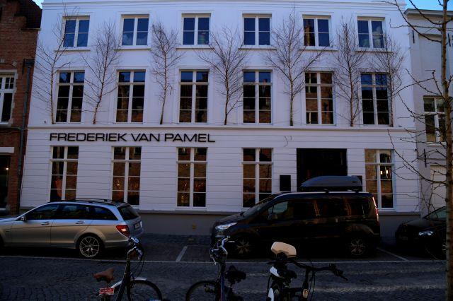 Wintersfeer in Damme by Frederiek Van Pamel