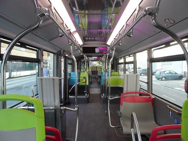TGB-Tres-Grand-Bus-Marseille-banderole2.JPG