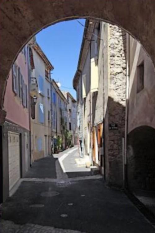Peyruis  (Alpes-de-Haute-Provence)