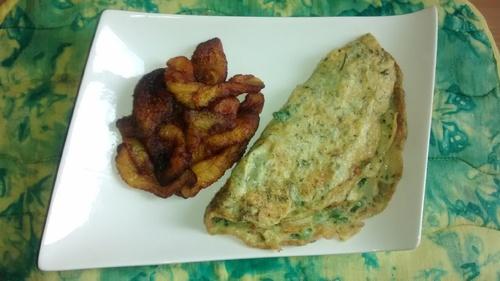 Frites de plantain, omelettes et infusion au persil_la cuisinette de laurette