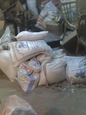 مصر تحرق أطنان من المساعدات لغزة
