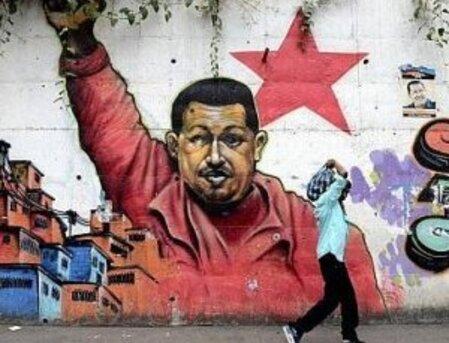 Investig'Action - Chavez et la bataille planétaire