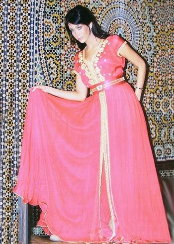 Takchita-2015-marocaine-Rouge-pour mariage marocaine pas cher et sur mesure TAK-S893