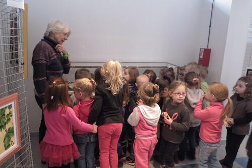 """La section """"moyens"""" de l'école Anatole France au musée de Harnes"""