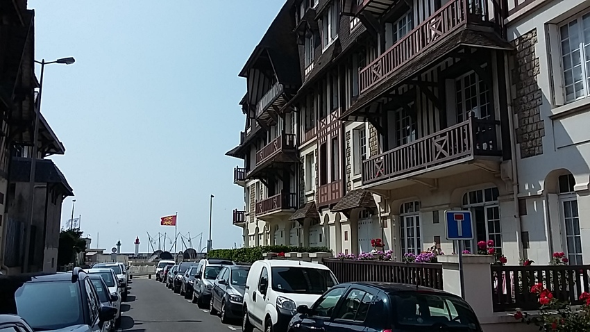 un tour en face !!! Trouville
