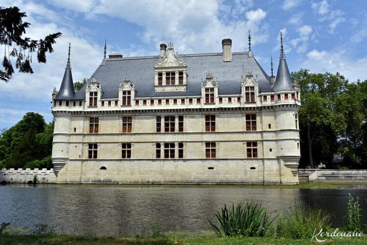 Château d'Azay-le-Rideau - Le miroir d'eau (6)