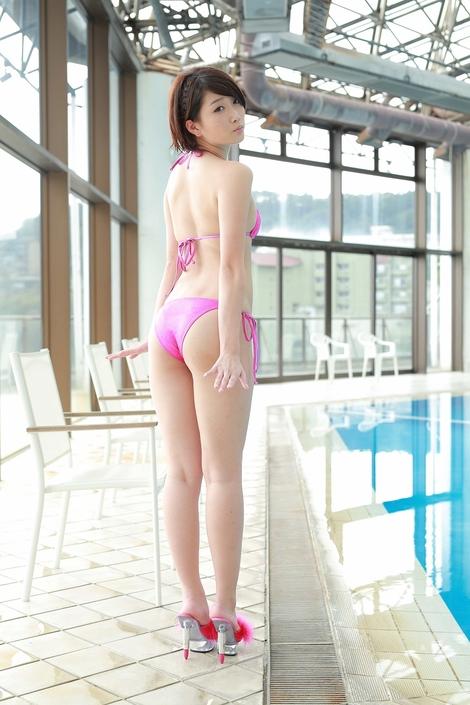 WEB Gravure : ( [@Crepe] -   2016.01.20   Aira Mihana/三花愛良 : 光沢ピンクビキニ )