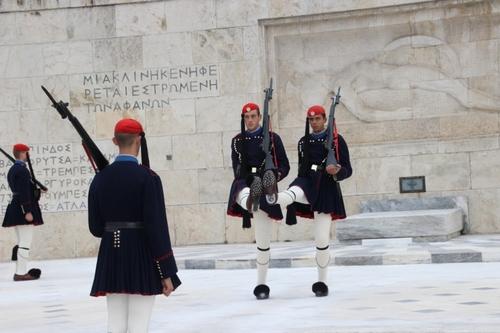 Les evzones à Athènes
