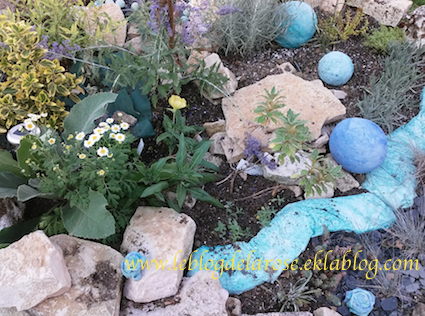 Le jardin de rocaille terminé/Rock garden achieved