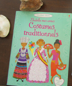 """Costumes traditionnels"""