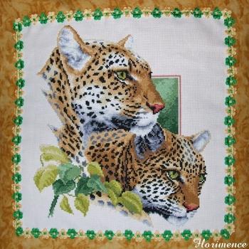 coussin_couple_léopards_02