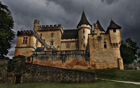 Halloween : oserez-vous rencontrer la Dame Blanche au Château de ...