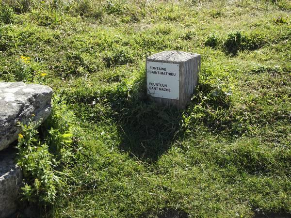 Fontaine-St-Matthieu02.jpg