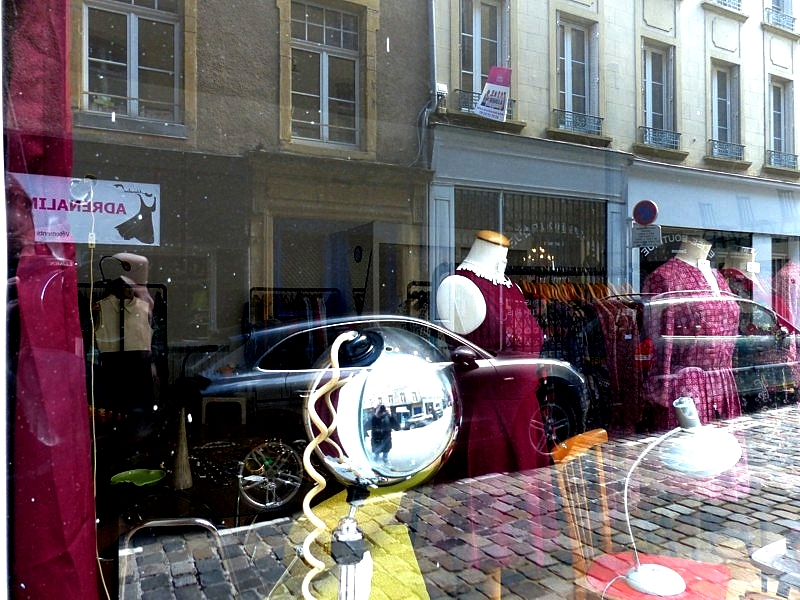 Metz / Lumix FZ200 face aux reflets / 26...