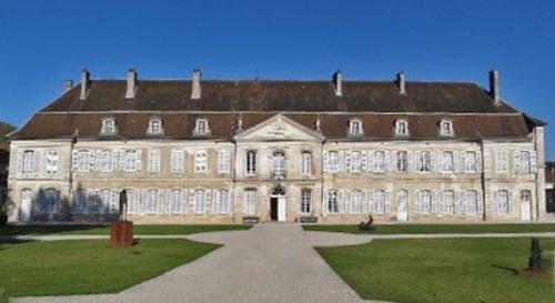 L'abbaye d'Auberive, en Haute-Marne...