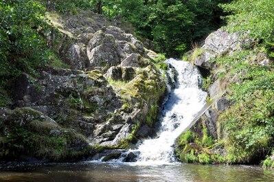 20 Parmi nos  plus belles cascades de France !!!