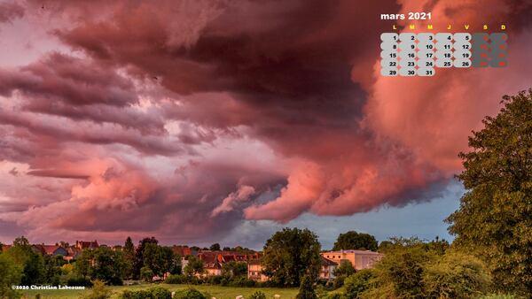 Le mois de mars commence avec une près belle photo du calendrier 2021 de Christian Labeaune....