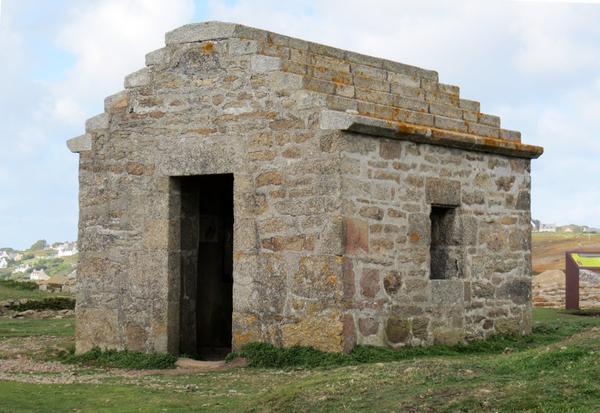 Le site archéologique de Menez Dregan à Plouhinec (Finistère)