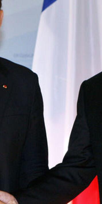 """Versions contradictoires sur """"l'humiliation"""" de Sarkozy par Poutine en 2007"""