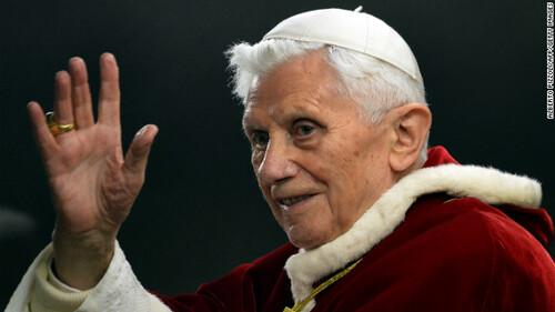 Curajul lui Benedict XVI: istorie politică și religioasă