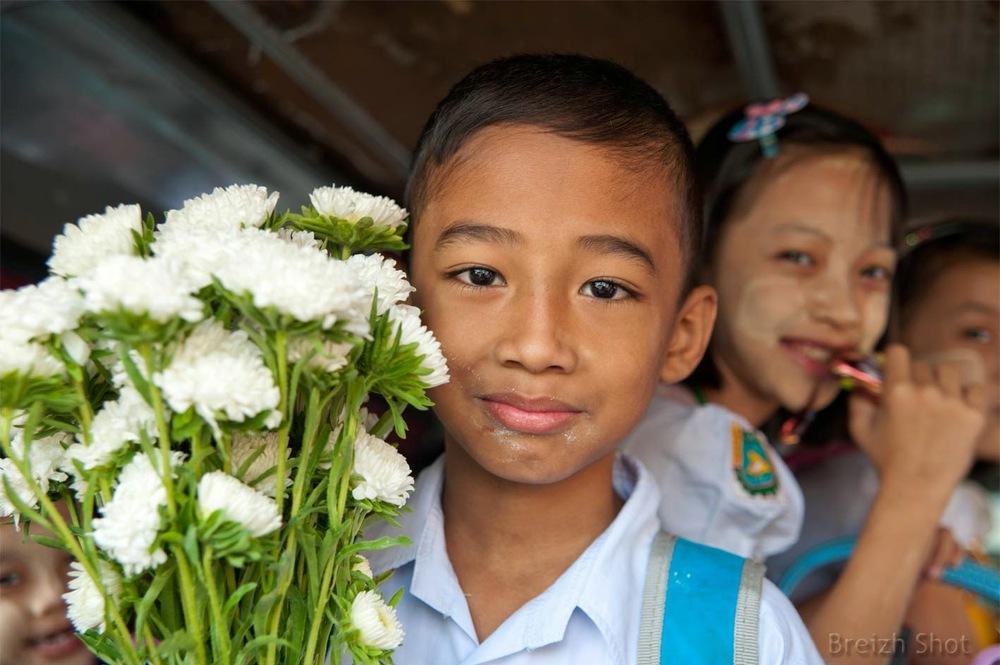 sourires d'enfants birmans, Shwedagon