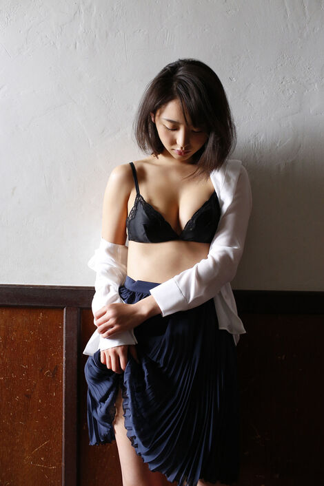 WEB Gravure : ( [FRIDAY - デジタル写真集/Digital photograph collection] - Nonoka Ono/おのののか : 「艶めくEカップボディ」  )