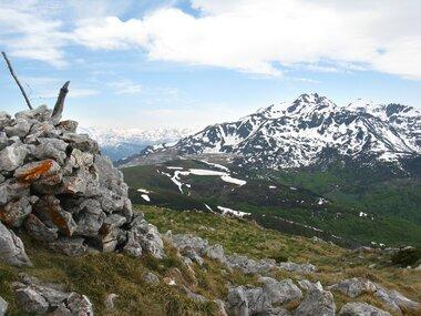 8ctb9664YLmpA051_GIgR5bUbaM@380x285 alpage dans Sommets de l'Ariège