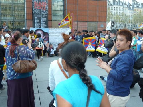 Manifestation pour la libération du Panchen Lama à Paris