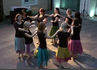 stage de danse sacrée - Drôme Provençale - 11-13/07 avec Albinka Pesek (Slovénie)