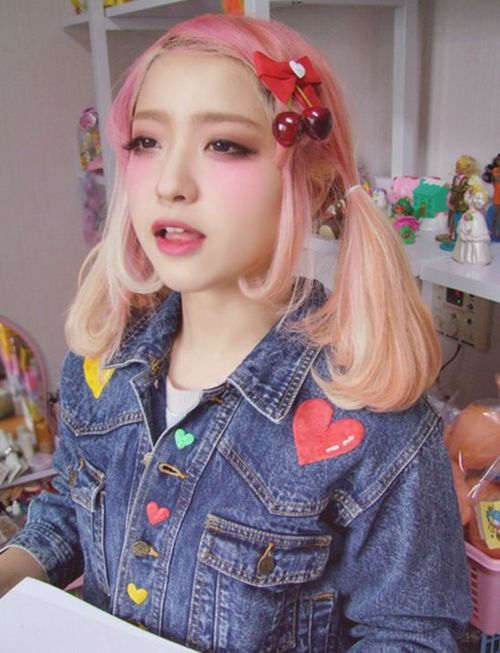 """Résultat de recherche d'images pour """"asian girl blonde hair twintails"""""""