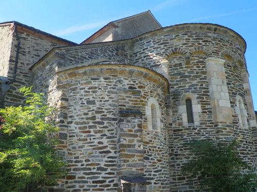 Le Prieuré et l'église Notre Dame de l'Oder