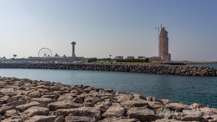 Abu Dhabi vue du bus touristique