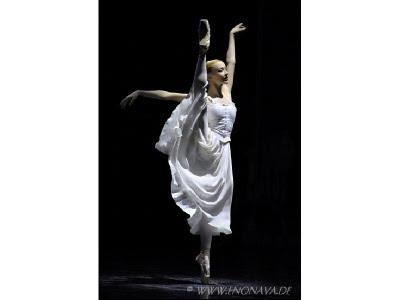 08/07/2011 - Iana Salenko