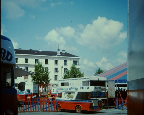 Le cirque Jean Richard à Annecy en 1975 ( archives Vincent Bouderlique)