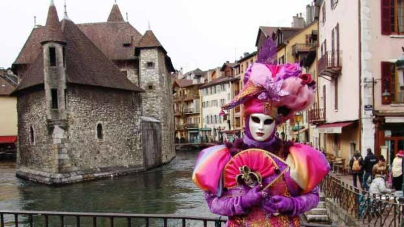 Bonjour.... carnaval vénitien à Annecy -