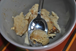 Crème glacée pain d'épice aux éclats de noisettes caramélisés