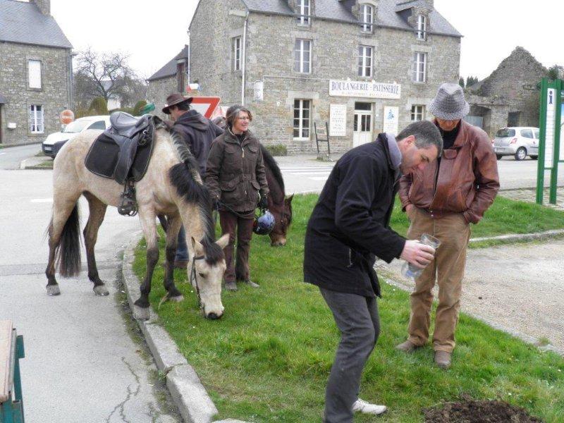 Arrivée en cheval