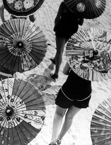 09 - Parapluie, ombrelle ou parasol