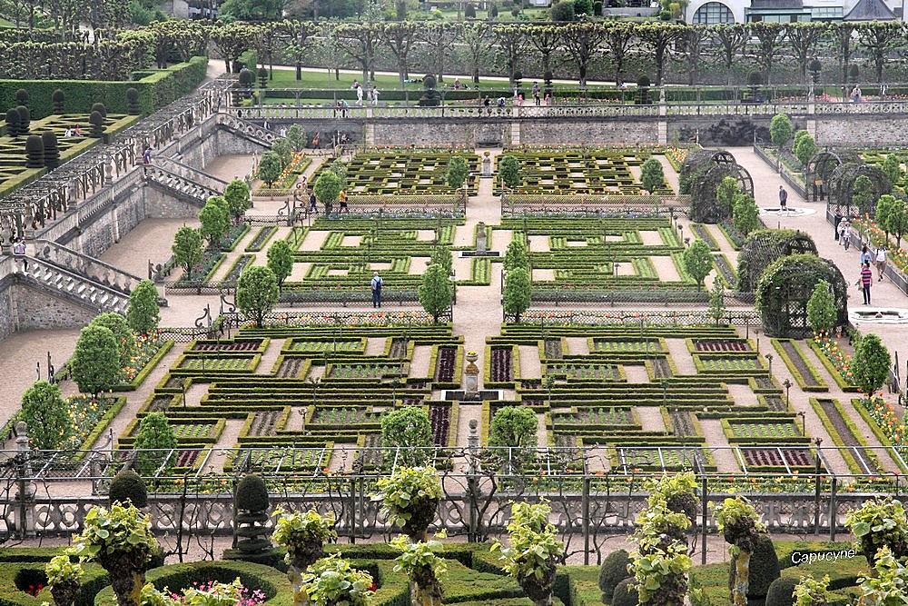 "Des jardins...""militaires"" : Villandry"