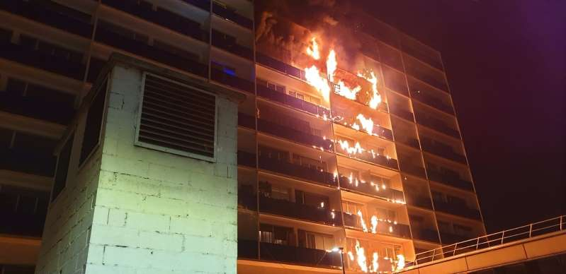 Créteil: un mort et une dizaine de blessés dans un incendie à l'hôpital Mondor