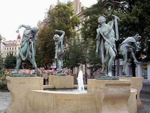 Prague : fontaine...
