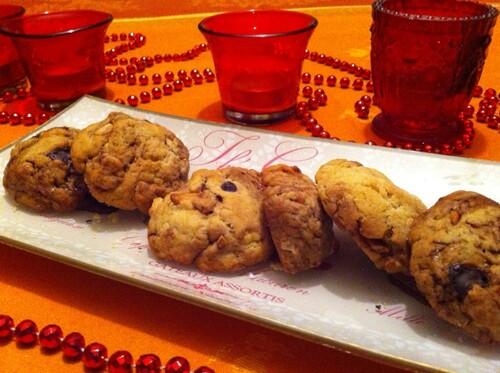 Cookies à la noix de cajou, amandes, et chocolat.