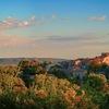 Panorama village de murviel au lever du jour depuis le site archéologique