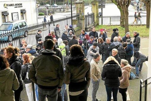 Mobilisation au procès reporté de trois gilets jaunes à Quimper (LT.fr-12/02/20-13h